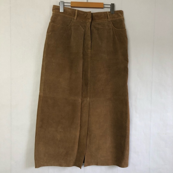 D'Allairds Dresses & Skirts - Vintage 100% Leather Suede Skirt